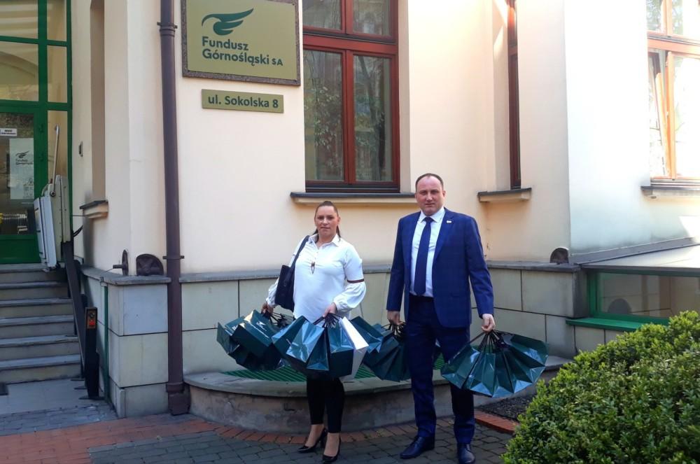 Funduszowe zajączki trafiły dzisiaj dodzieci zeŚwietlicy Środowiskowej św.Wojciecha wKatowicach.