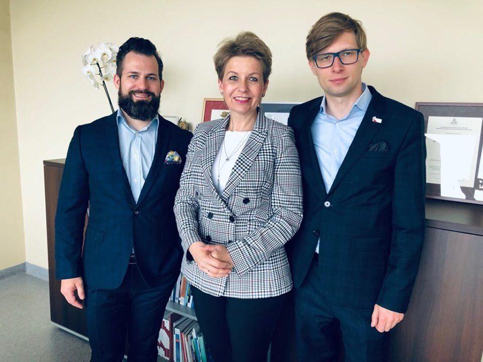 Wposzukiwaniu najlepszych kandydatów dopracy wFunduszu Górnośląskim SA.
